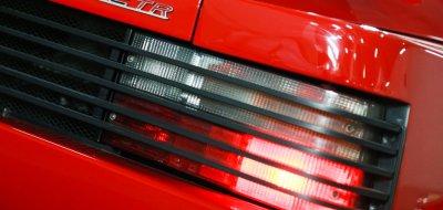 Ferrari F512TR Testarossa 1993 rear closeup view
