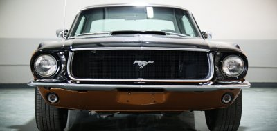 Ford Mustang 1967 front view