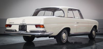 Mercedes Benz 220SE 1961 rear right view