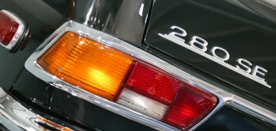 Mercedes Benz 280SE 1969 taillight