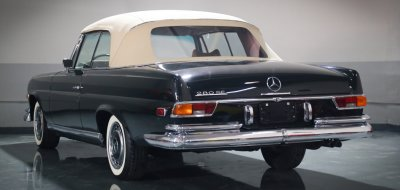 Mercedes Benz 280SE 1969 rear left view