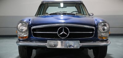 Mercedes Benz SL280 1969 front view