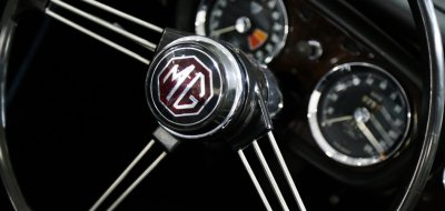 MG B 1963 steering wheel
