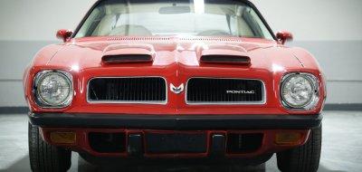 Pontiac Firebird Formula 1974 front view