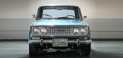 Toyota Corona front view