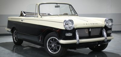 Triumph Herald 1965 front right view