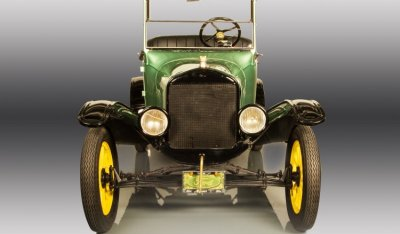 Ford Model T 1923 front view