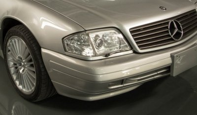 Front side view of Mercedes Benz SL600 1998
