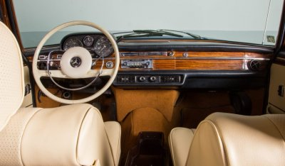 Cabin of the Mercedes Benz SEL300 1967